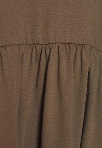 JDY - JDYFENNA LIFE V NECK DRESS - Jersey dress - dark brown - 2