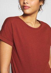 JDY - JDYLOUISA LIFEFOLD UP TOP - T-shirts - bordeaux - 4
