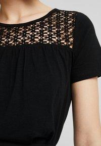 JDY - JDYCELINA TOP CROCHET - Print T-shirt - black - 6