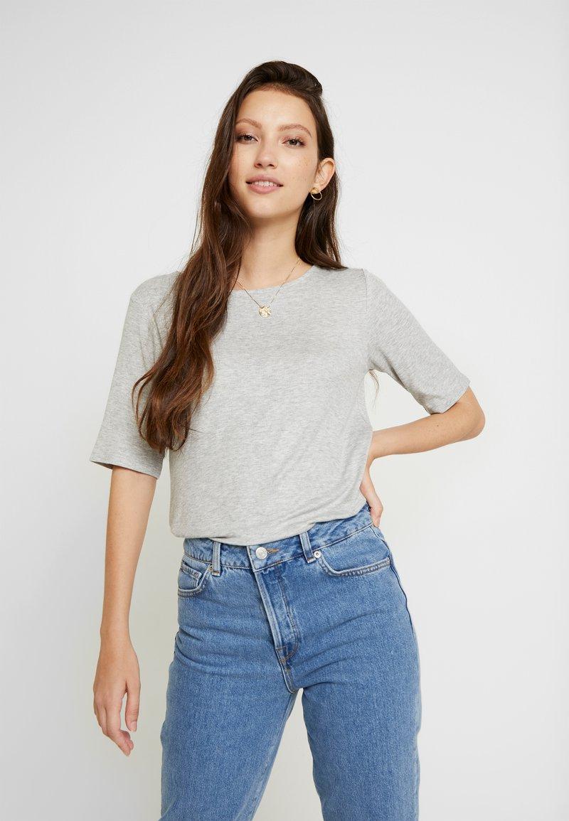 JDY - JDYCA MINI  - T-shirt med print - light grey melange