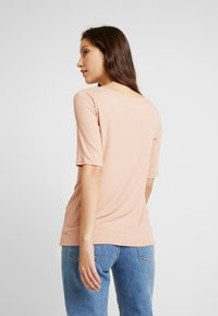 JDY - JDYCA MINI  - T-shirt con stampa - misty rose - 2