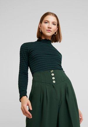JDYSHILDA HIGHNECK - Long sleeved top - scarab