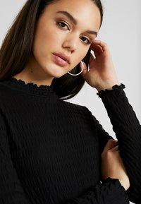 JDY - JDYSHILDA HIGHNECK - Bluzka z długim rękawem - black - 5