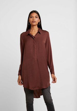 JDYTARA HI LOW LONG - Blouse - red