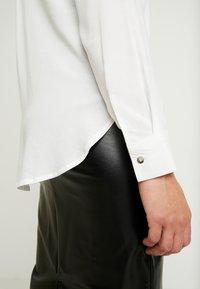 JDY - JDYOPAL - Button-down blouse - cloud dancer - 5