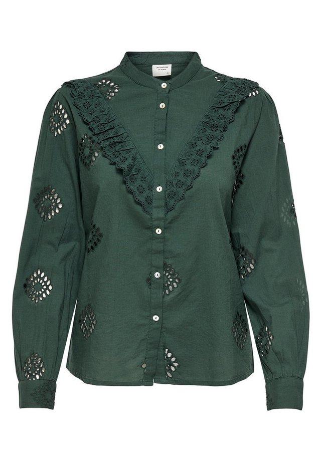 Button-down blouse - green gables