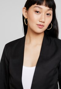 JDY - JDYCARTER TREATS - Blazer - black - 3