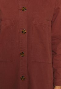 JDY - JDYSLAM WORKER POCKET - Skjorte - dark red
