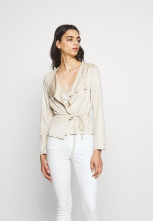JDYROBINA BELT JACKET - Faux leather jacket - oatmeal