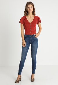 JDY - JDYJAKE - Jeans Skinny Fit - medium blue denim - 1