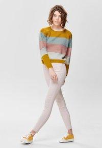 JDY - NEW FIVE REG ANKLE - Jeans Skinny Fit - shrinking violet - 1
