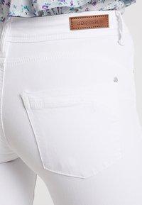 JDY - JDYANICA - Skinny džíny - white - 6