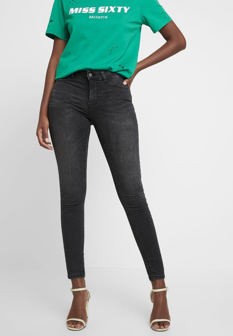 JDY - JDYNIKKI - Jeans Skinny Fit - grey denim