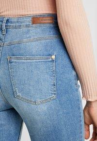 JDY - JDYJONA HIGH FLY - Jeans Skinny Fit - light blue denim - 5