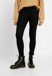 JDY - JDYCARRIE CARGO - Jeans Skinny Fit - black denim - 0