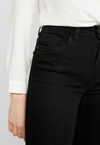 JDY - JDYNIKKI - Jeans a zampa - black denim - 5