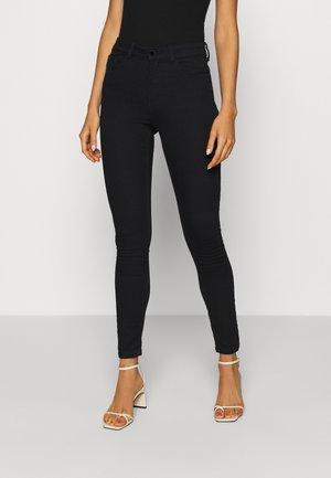 JDYNEWNIKKI LIFE HIGH - Jeans Skinny Fit - black denim