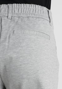 JDY - JDYPRETTY - Shorts - light grey - 5