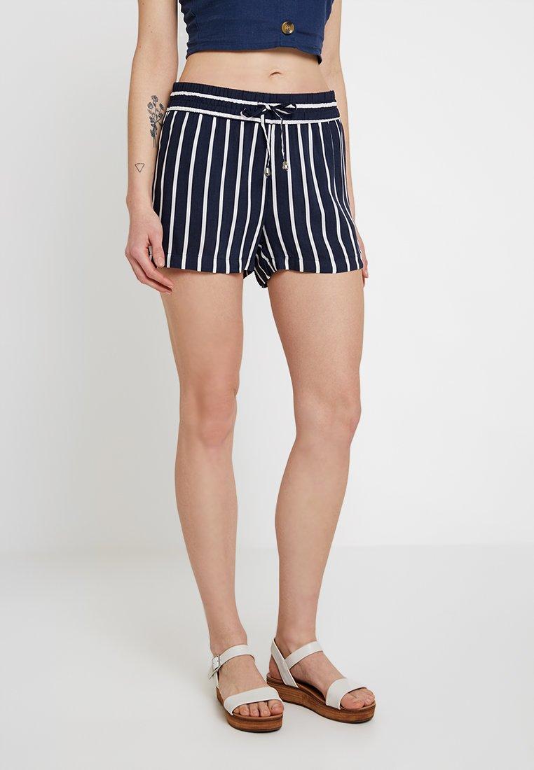 JDY - JDYSTAR NEW - Shorts - navy blazer/cloud dancer