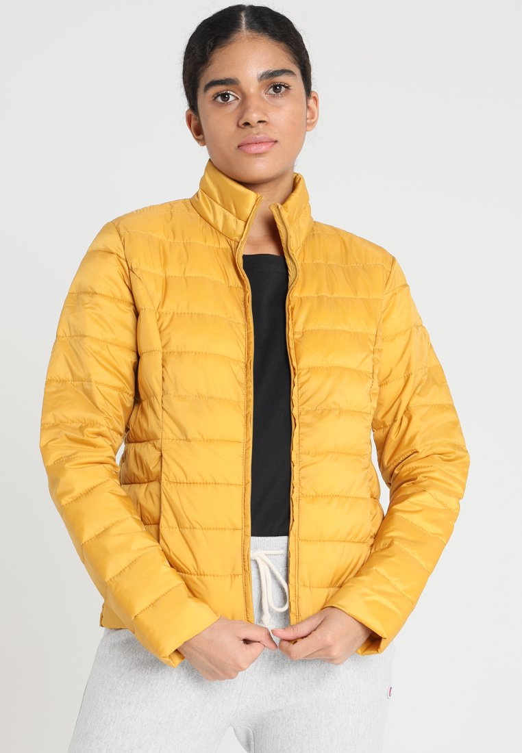 JDY - JDYMADDYLINE QUILT JACKET - Light jacket - golden spice