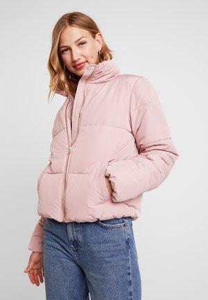 Zimní bunda - woodrose