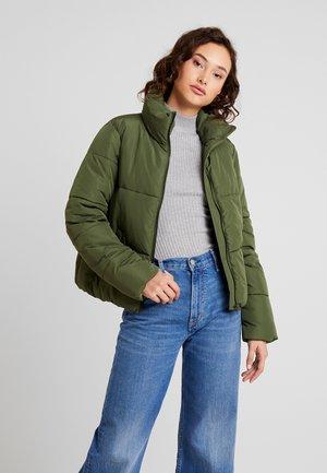 Zimní bunda - rifle green