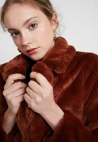 JDY - JDYLUCY  - Winter coat - red - 3