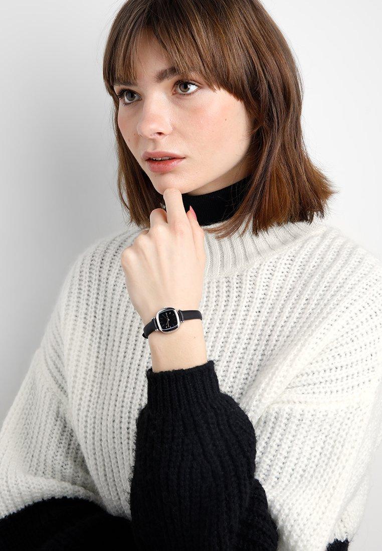 Komono - Horloge - black/silver-coloured