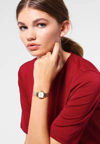 Komono - MONEYPENNY ROYALE - Horloge - gold-coloured/white - 0