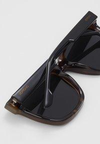 Komono - SUE - Sluneční brýle - black tortoise - 2