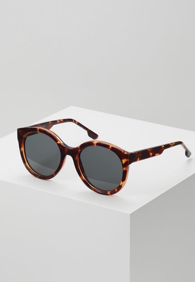 ELLIS - Okulary przeciwsłoneczne - havana