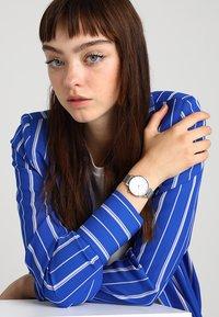 Komono - THE HARLOW - Horloge - silver-coloured - 0