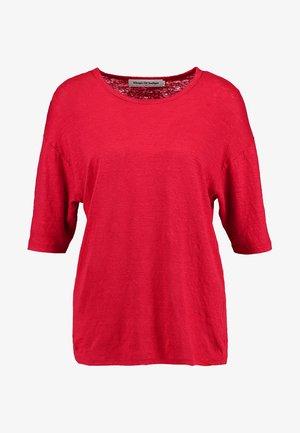 BILLIE - T-shirt basic - lipstick red