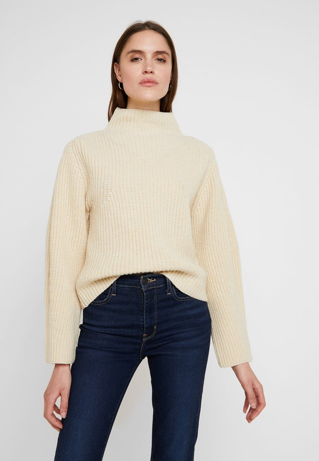 HISA - Sweter - off white