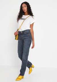 Kings Of Indigo - LUCY - Straight leg jeans - blue marble - 2