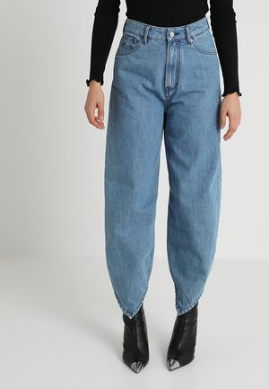 LEILA BOTTOM LEVEL - Jeansy Relaxed Fit - blue denim