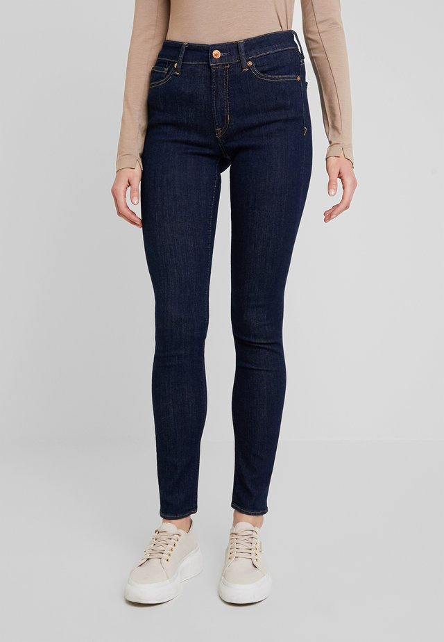 JUNO HIGH - Slim fit jeans - myla rinse