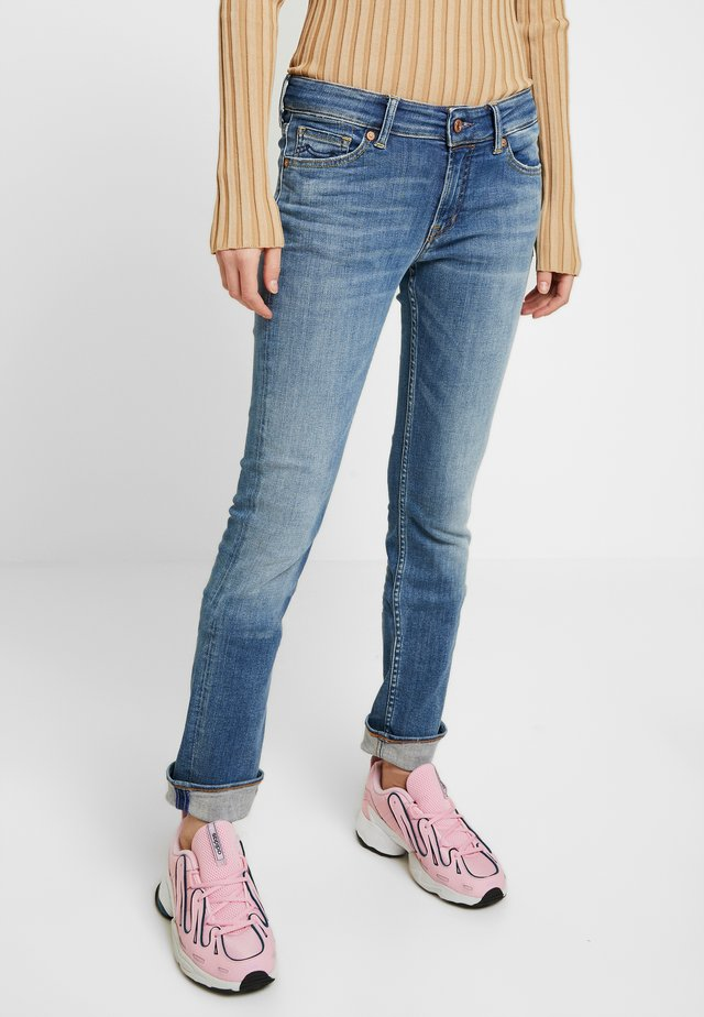 EMI - Jeans Straight Leg - stone blue denim