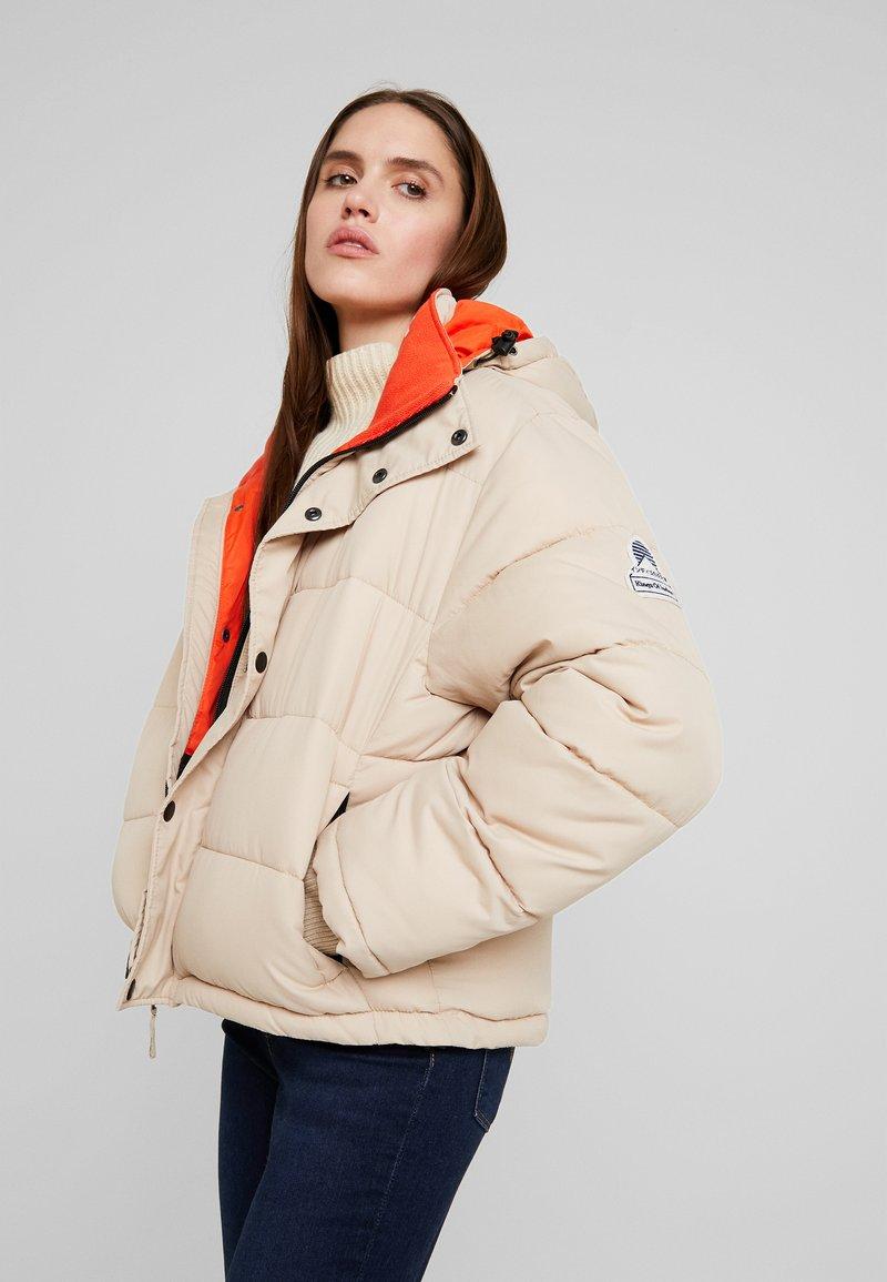 Kings Of Indigo - ZHENGA - Winter jacket - beige