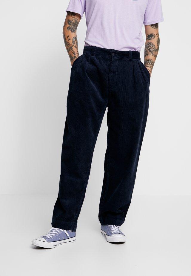 HENRI - Spodnie materiałowe - navy