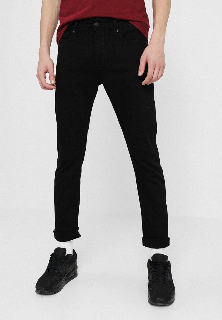 Kings Of Indigo - CHARLES - Jeans Slim Fit - stay black