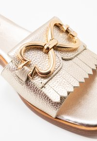 kate spade new york - POSY CLEAN  - Mules - pale gold - 2