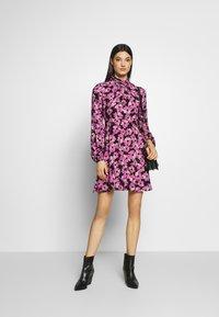 kate spade new york - WALLFLOWER DRESS - Day dress - black - 1