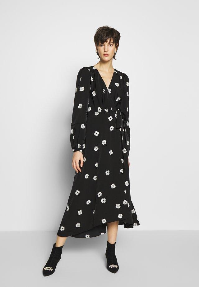 SPADE CLOVER TOSS WRAP DRESS - Freizeitkleid - black
