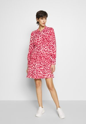 PANTHERA - Day dress - softcoral