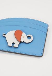 kate spade new york - APPLIIQUE TINY ELEPHANT CARD HOLDER - Visitenkartenetui - oceanside - 2