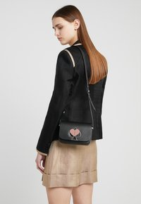 kate spade new york - NICOLA TWISTLOCK - Across body bag - black - 1