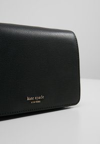 kate spade new york - SYLVIA CHAIN - Across body bag - black - 6