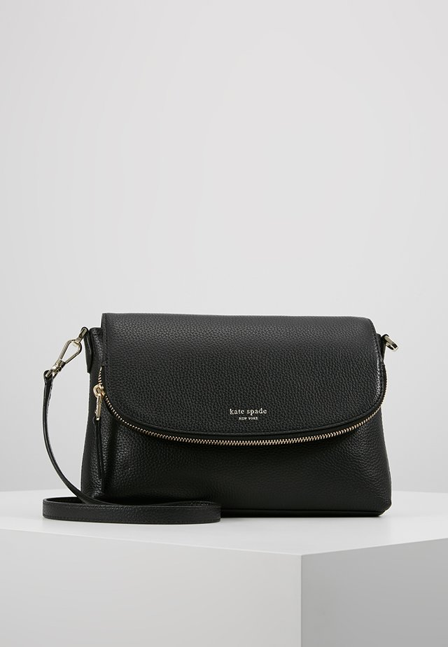 POLLY LARGE FLAP CROSSBODY - Axelremsväska - black