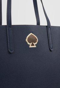 kate spade new york - SUZY LARGE TOTE - Shopping Bag - blazer blue - 8